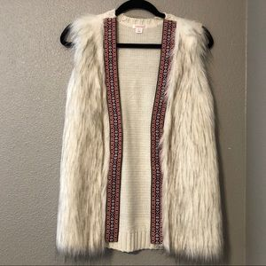 Xhilaration knitted faux fur vest